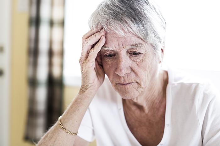 Enquêtes concernant l'exploitation des personnes aînées : bond de 55 %