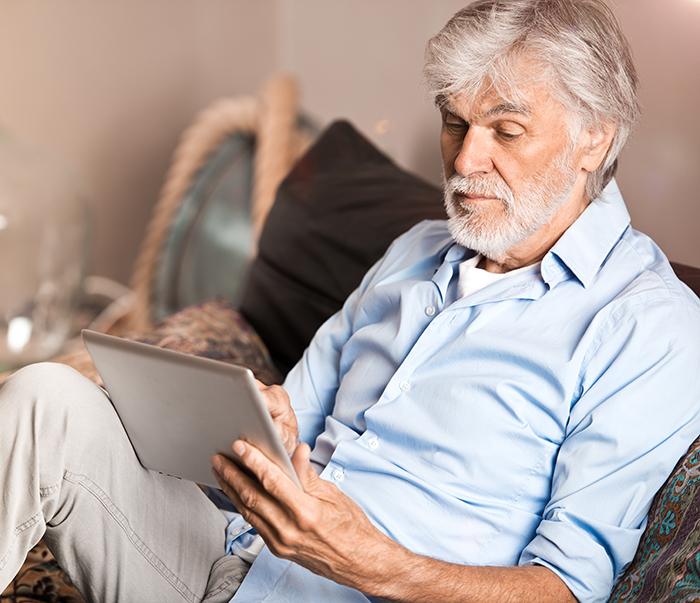 COVID-19 : l'AREQ lance un appel à la responsabilité et à la solidarité des hommes aînés