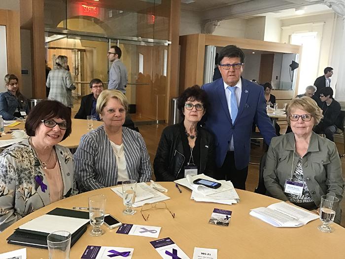 L'AREQ présente au Forum des partenaires pour contrer la maltraitance envers les personnes aînées