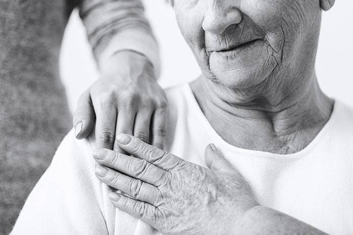 Semaine nationale des proches aidants : un tiers des proches aidants de l'AREQ font face à des difficultés